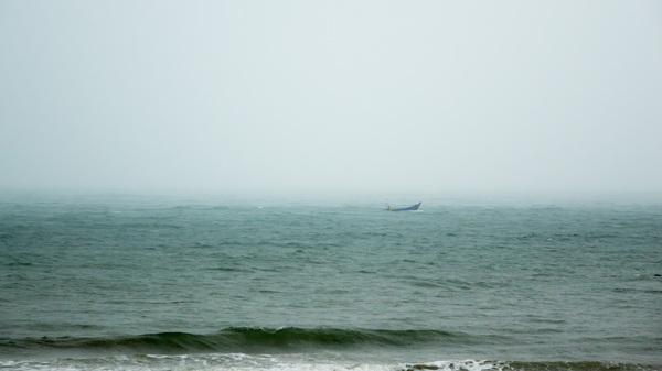 Рыбак и море море, стихия, Шторм, Природа