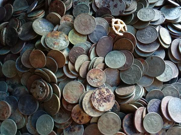 Ничего удивительного монета, Мелочь, находка