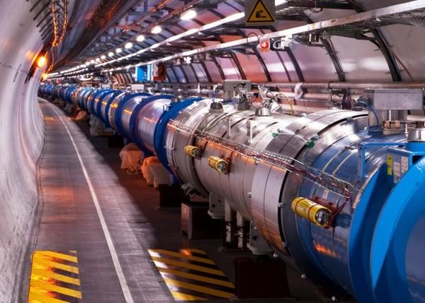 В БАК уместили рекордное число протонных сгустков Наука, Новости, Коллайдер, БАК, Рекорд, Физика