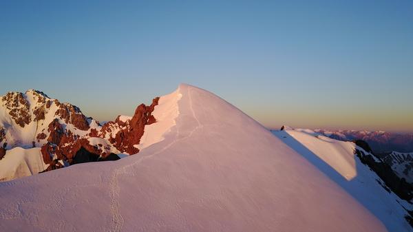 """Альпиниада на пик """"Нурсултан"""" (бывший """"Комсомол"""", высота 4376 метров н.у.м) Альпиниада, Казахстан, Алматы, Горы, Комсомол, Фотография, Пик, Вершина, Длиннопост"""