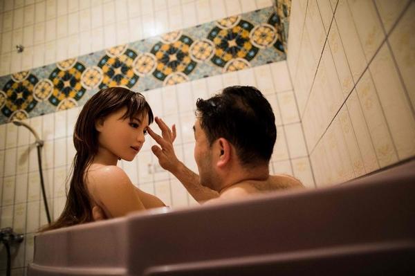 Японские мужчины предпочитают искусственных женщин Япония, Резиновая женщина, Больной ублюдок, Длиннопост