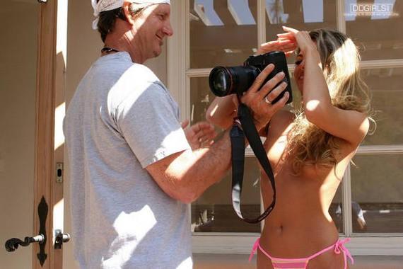 """Бэкстэйдж на съёмке очередного порно - """"Покажи как я получилась?"""" Фотограф, Фотомодель, Порноактриса, Фотосъемка, Backstage, Длиннопост, Сиськи, Эро Уголка"""