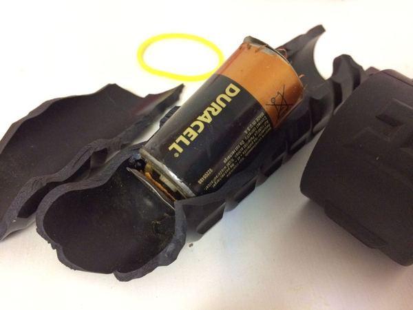 Бомба в твоем фонарике Duracell, Дюрасэлл, фонарик, взрыв, дайвинг, длиннопост