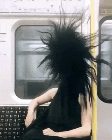 Кого только не встретишь в метро.