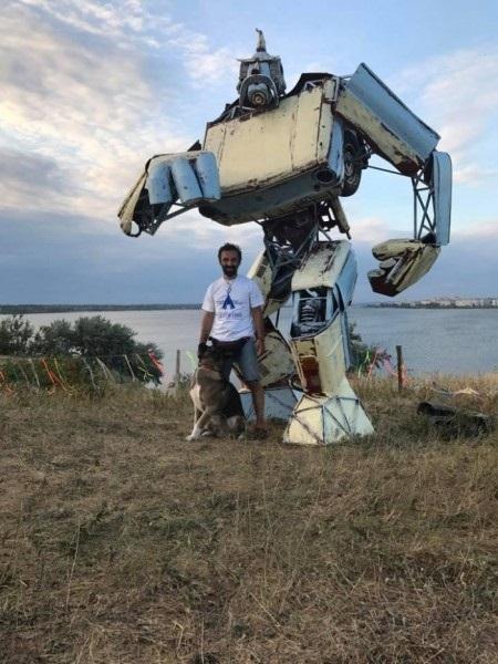 В Одессе скульптор создал трансформера Укробота Украина, Политика, шизофрения, длиннопост