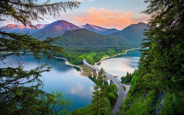 Озеро Сильвенштайн, Южная Бавария.