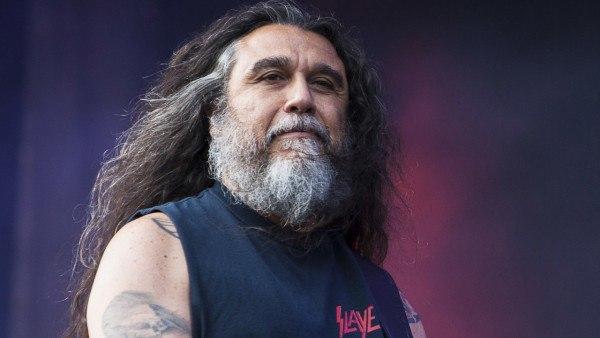 Старине Тому посвещается Slayer, Борода