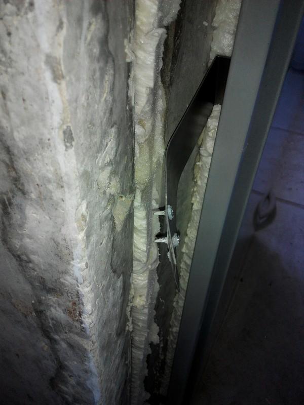 Двери в новостройке, от застройщика. А на чем держатся ваши двери? новостройка, дверь, качество, длиннопост