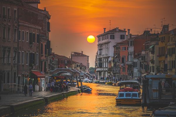 На всей территории Италии запускают бесплатный Wi-Fi Италия, wi-fi, туристам на заметку, видео