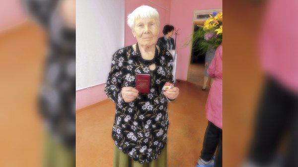 86-летняя пенсионерка получила золото ГТО ГТО, Пенсионеры, Россия, Физкультура, Спорт, Школа, Новости