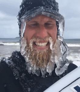- Вы уверены, что вам не холодно? холод, лёд, серфер, гифка