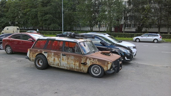 К апокалипсису готов! машина, постапокалипсис, Санкт-Петербург, Улица Демьяна Бедного
