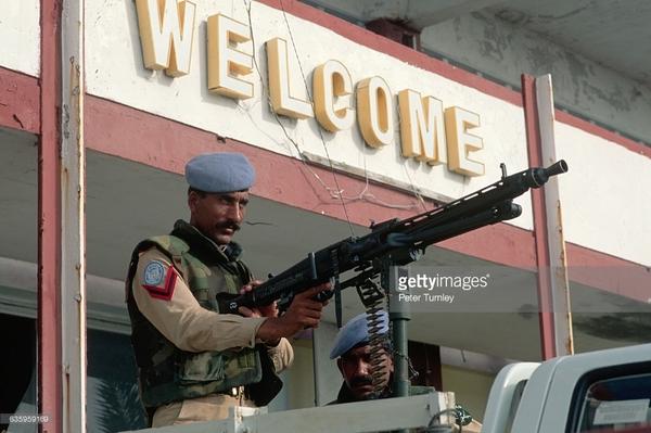 Добро пожаловать! Сомали, Война, Гражданская война, миротворцы, MG3, пулемёт, Могадишо