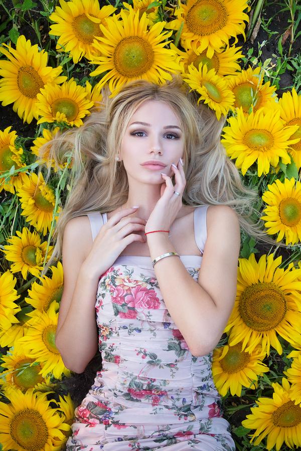 В цветах #2 Девушки, Фотография, Цветы, Подборка, Длиннопост