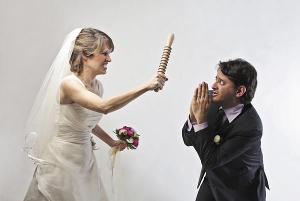 Бесплатное видео мужчина на свадьбе завел девочку спальню и трахнул фото 655-682