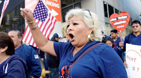 Устали от демократов и республиканцев: 69% опрошенных американцев хотят видеть новую партию в конгрессе США Политика, США, партия, Демократы, республиканцы, доверие, Американцы, russia today, длиннопост