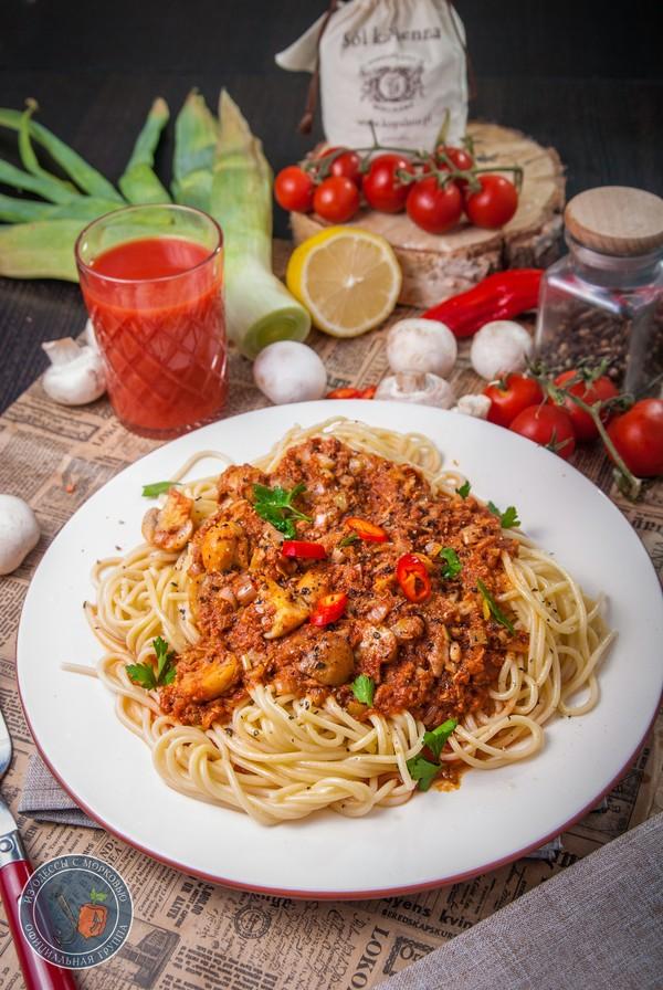 """Спагетти с тунцом для муми-папы. """"Поваренная книга Муми-мамы"""".""""Литературная кухня"""" Литературная кухня, рецепт, еда, кулинария, Бра, длиннопост, муми-тролли"""