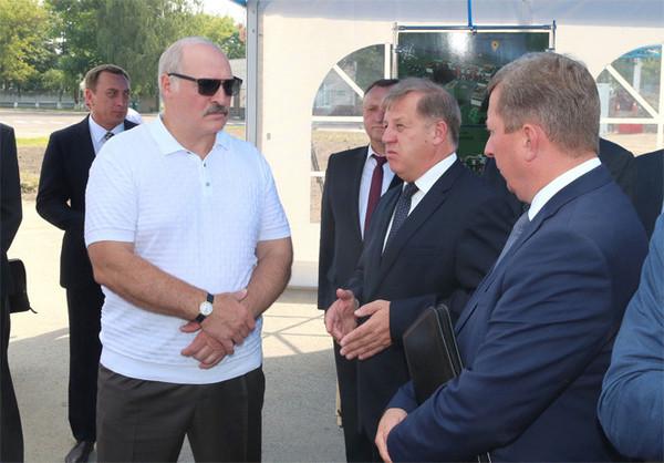 """""""Лопату в зубы!"""" Лукашенко пригрозил найти каждого тунеядца новости, Беларусь, лукашенко, Политика, тунеядство, работа"""