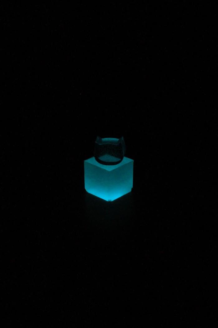 Светящегося кубика(с кошко-кристаллом) вам в ленту