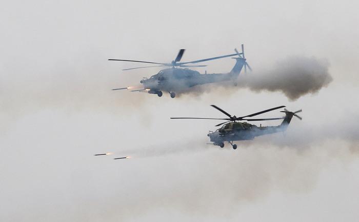 На учениях «Запад-2017» вертолет дал залп по зрителям Запад-2017, Учения, Ракета, Ранение
