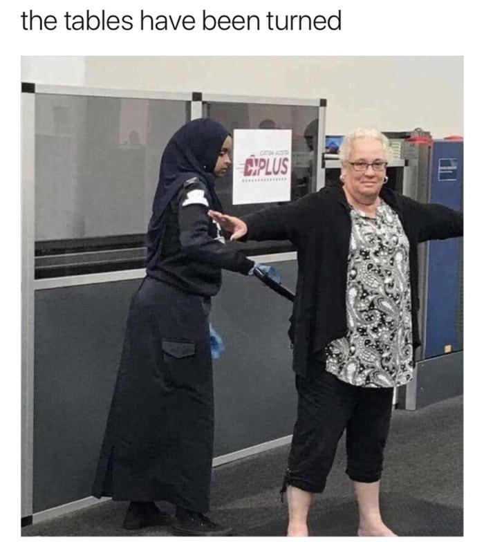 Трахнули мусульманок видео