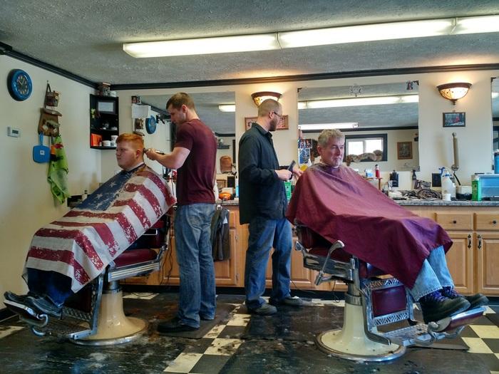 Американская парикмахерская. Стоимость стрижки в нашей округе Америка, Жизнь в америке, Парикмахерская, Американская парикмахерская, США, Спутникофф, Видео, Длиннопост