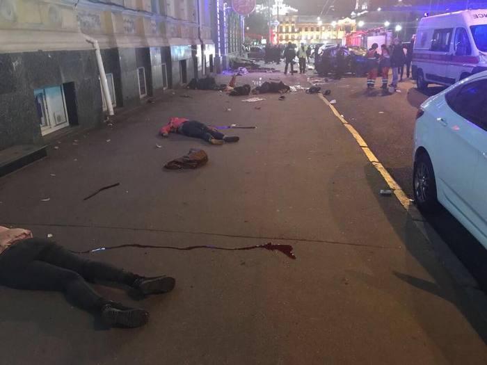 В Харькове девушка на Лексусе устроила ДТП, погибли 6 человек Харьков, Украина, ДТП, Происшествие, Жесть, Видео, Длиннопост