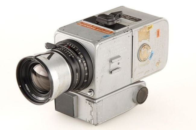 Одно из величайших достижений человечества в объективе камеры Hasselblad Hasselblad, Аналог, Пленка, Rewindknob, Камера, Космос, Фотография, Фотопленка, Длиннопост