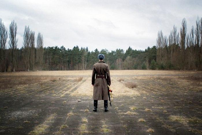 Атмосферное фото с одной из заброшенных воинских частей ГСВГ в бывшей ГДР