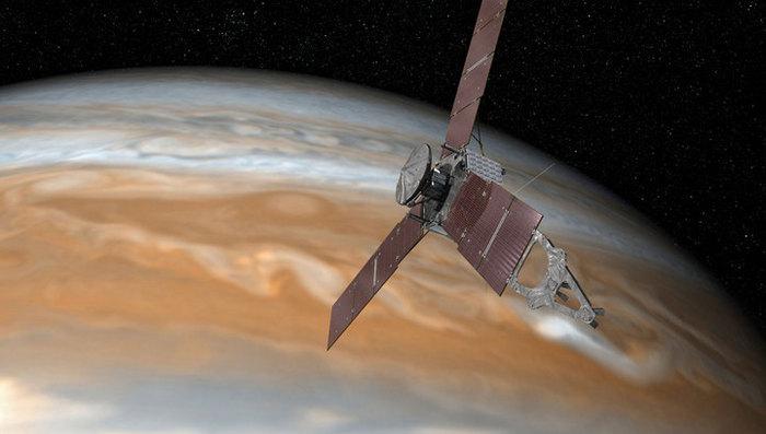 NASA опубликовало три эффектных снимка от юпитерианского зонда Juno Juno, Юпитер, Амальтея, Ио, Европа, JunoCam, Длиннопост