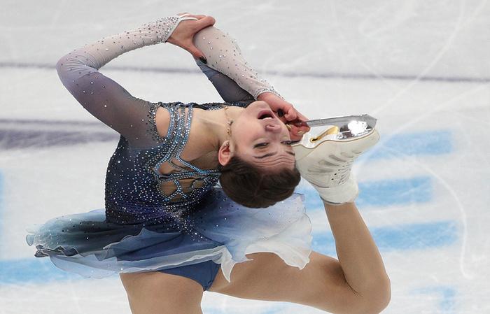 Фигуристка Евгения Медведева выиграла этап Гран-при в России Спорт, Евгения Медведева, Фигурное катание, Гран-При, Россия, Видео