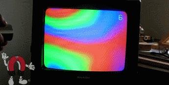Магнит и старый телевизор Магнит, Телевизор, Гифка