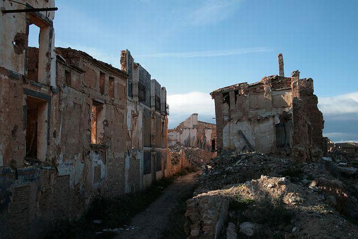 Город-призрак Бельчите, Испания.