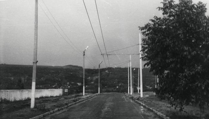 Троллейбус в деревне Троллейбус, Солончены, Молдова, СССР, Не мое, Село, Деревня, Интересное, Длиннопост