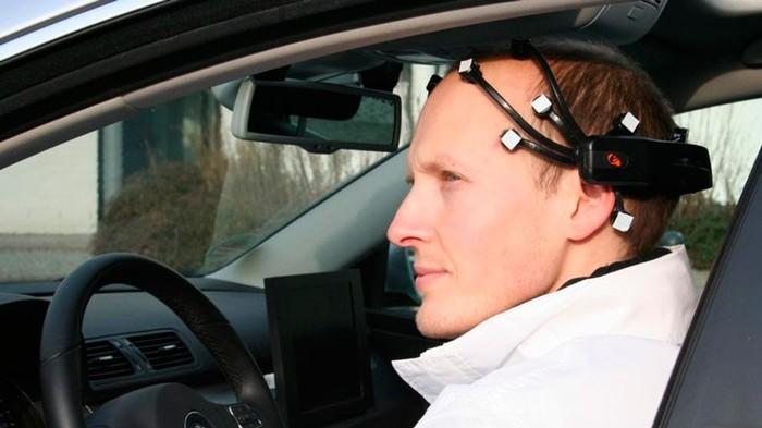 Россия представит первый автомобиль, управляемый силой мысли. Авто, Сила мысли, Будущее, Длиннопост