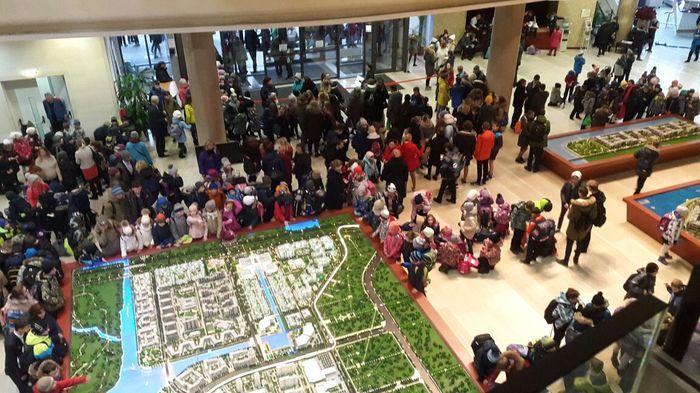 Сообщения о бомбах в петербуржских школах Эвакуация, Санкт-Петербург, Терроризм, Бомба, Телефонный терроризм, Полиция, Дети, Школа