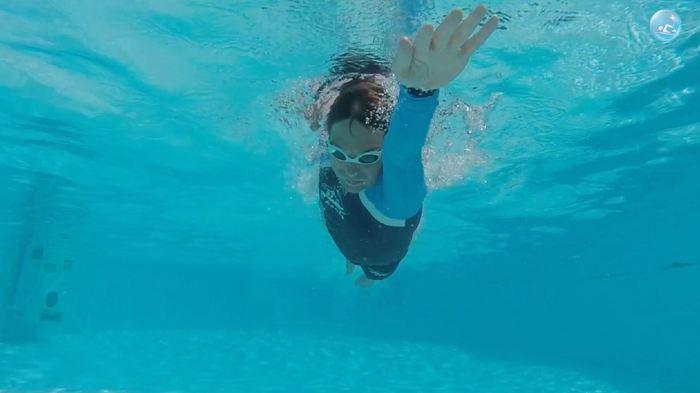 Плавание кролем на груди: как сделать так, чтобы плыть быстрее, а грести при этом было легче?! Плавание кролем на груди, Кроль, Плавание тренировки, Видео, Плавание, Видеоуроки, Длиннопост