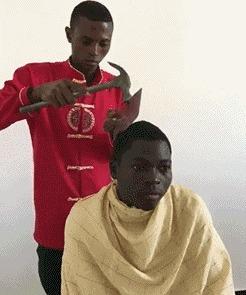 Когда мать дала денег на стрижку, а друг предложил все потратить на ништяки, а потом, типа, сам тебя подстригу