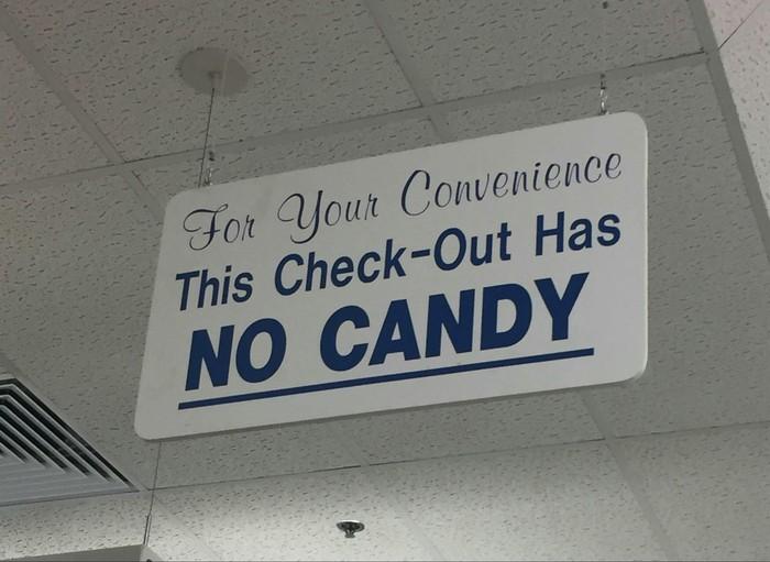 Для Вашего удобства. На этой кассе нет конфет. Дети и взрослые, Супермаркет