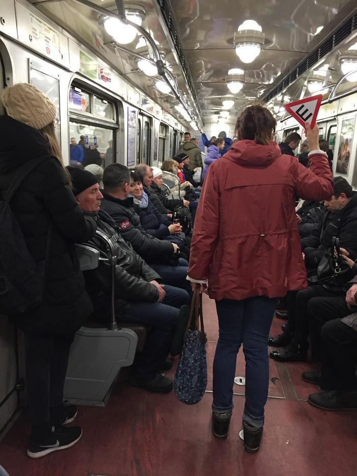 Девочки по вызову метро Сенная индивидуалки за 1500 рублей в Санкт-Петербурге