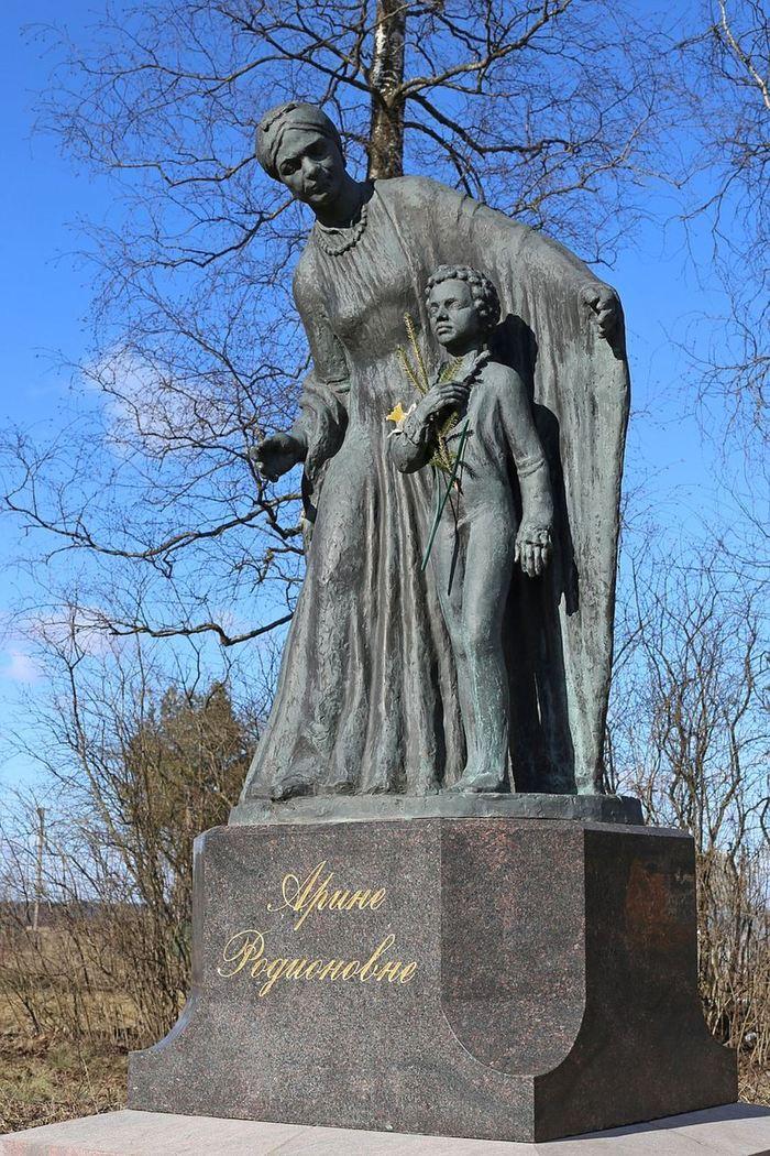 Что делать с крестом когда ставишь памятник заказать памятник Шумерля