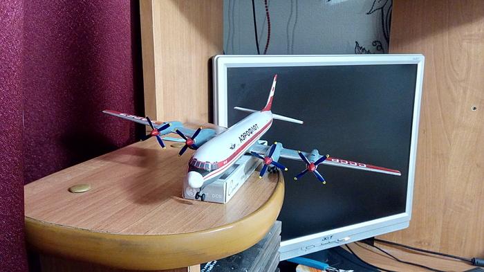 Ил-18Д от ВЭ 1:144 Масштабная модель, Самолет, Авиамоделизм, Кривые руки, Илюшин, Ил-18, Длиннопост