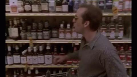 Подруги знакомятся в супермаркете и трахаются