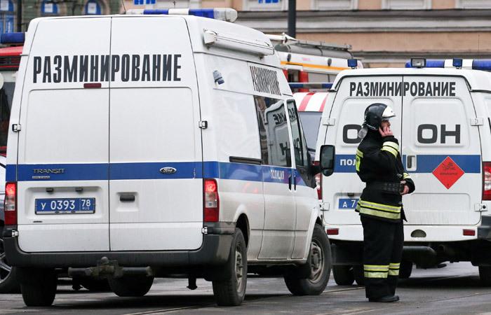 Полиция задержала причастных к звонкам о лжеминировании объектов в РФ Новости, Мвд, Лжеминирование, Твари, Полиция, Interfax