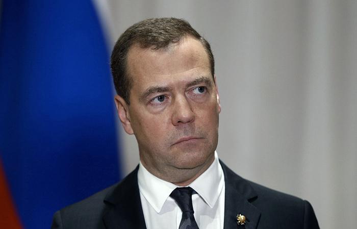 Медведев потребовал наказать виновных в неудачном запуске с космодрома Восточный Политика, Роскосмос, Космос, Дмитрий Медведев, Космодром Восточный, Репутация, Космическая отрасль, ТАСС, Длиннопост