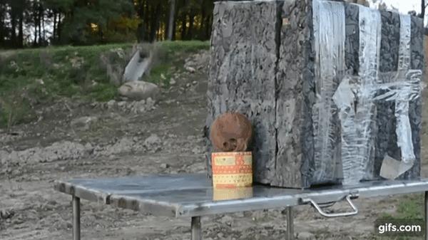 Новый способ открывать кокосы