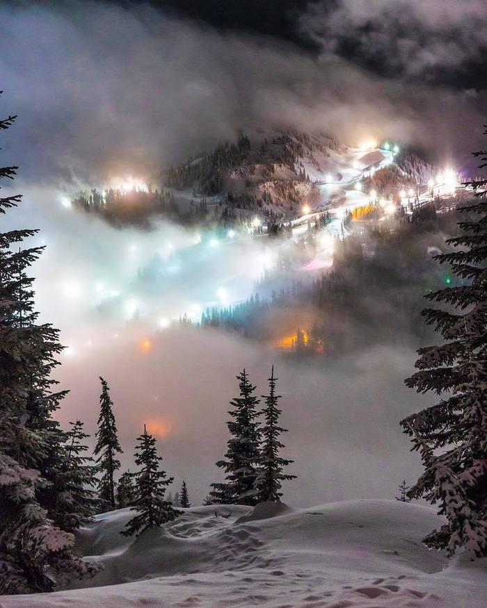 Безумный свет на горном перевале Горы, Перевал, Зима, Свет, Фотография, Горнолыжный курорт