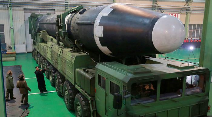 «Фитиль ядерной войны» зажжён Политика, США, Северная Корея, Ядерная война, Скоро рванёт, Миру мир!