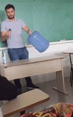 Интересная химическая реакция. Длинногиф Химическая реакция, Урок, Бутылка, Огонь, Гифка