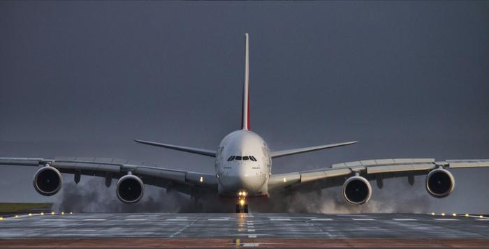 Красивый реверс ! Airbus A380